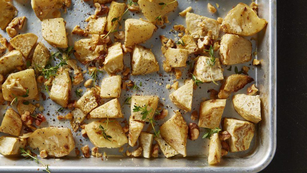 Рецепт из корня сельдерея с орехами