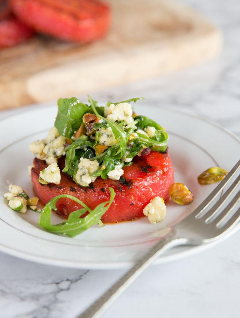 Как похудеть. Рецепт салата с арбузом на гриле.