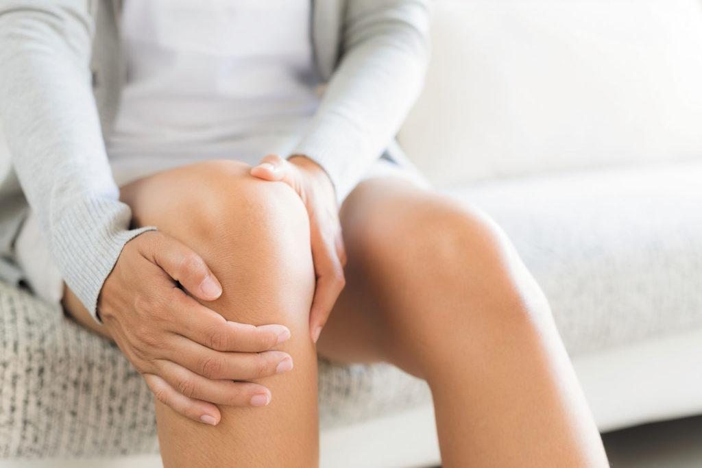 упражнения чтобы снять боль в коленях